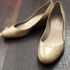 Cole Haan tan patent leather wedges